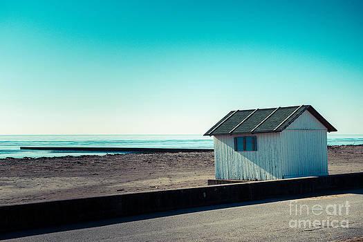 Hannes Cmarits - beach cabin
