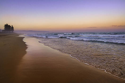 Beach Glow by Tony Heyward