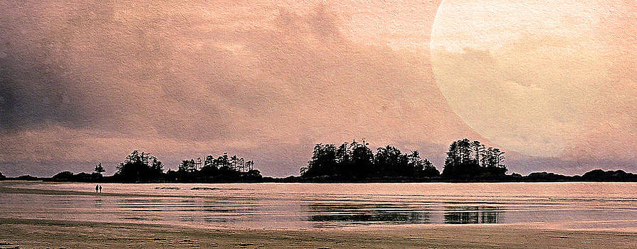 Beach Light Goodnight by Kathy Bassett