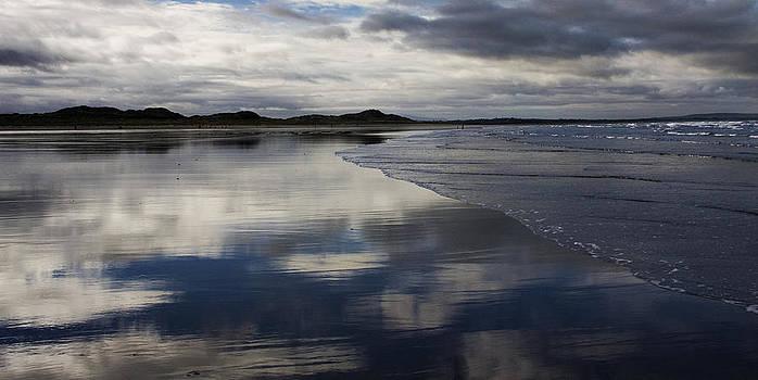 Beach Reflections by Tony Reddington