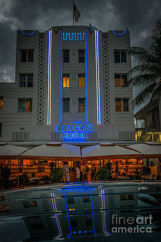 Ian Monk - Beacon Hotel Art Deco District SOBE MiamI