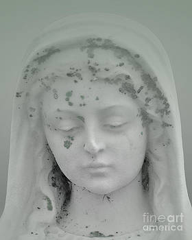 Beaded Angel Head Mint by Josephine Cohn