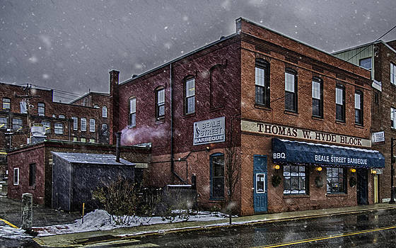 Beale Street BBQ by David Hufstader