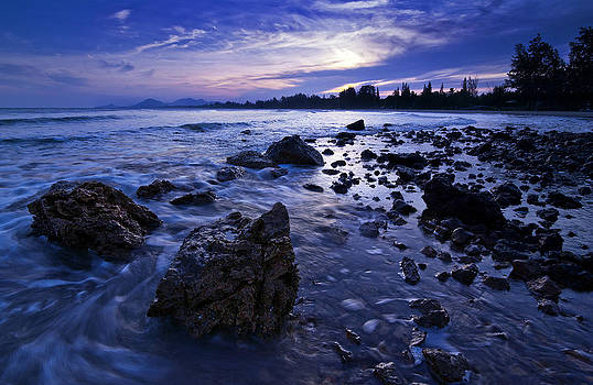 Beautiful seascape with sunset by Jirawat Plekhongthu