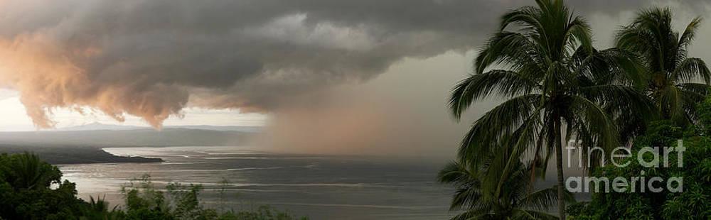 Beautiful Storm by A Cyaltsa Finkbonner