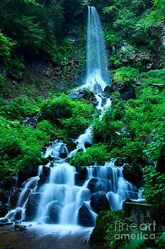 Beverly Claire Kaiya - Beautiful Waterfalls in Karuizawa Japan