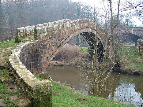 Doug Thwaites - Beggars Bridge