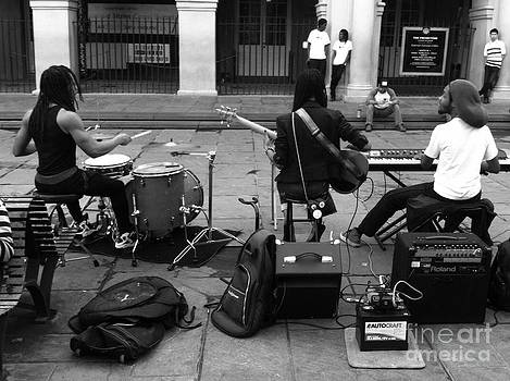 Behind the Band by WaLdEmAr BoRrErO