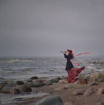 Behind the horizone by Anka Zhuravleva