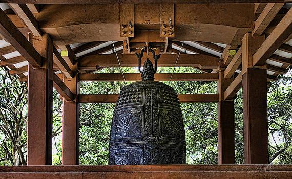 Bell in Byodo-In by Joanna Madloch