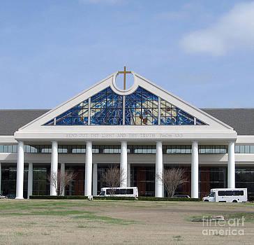 Bellevue Baptist Church South Side by Karen Francis