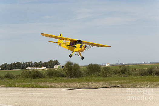 Bellota jet piper cub greath plane model landing by Stefano Piccini