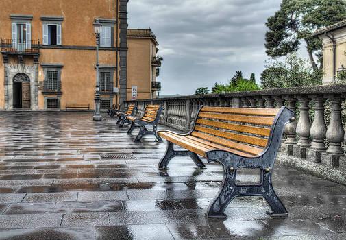 Benches by Leonardo Marangi