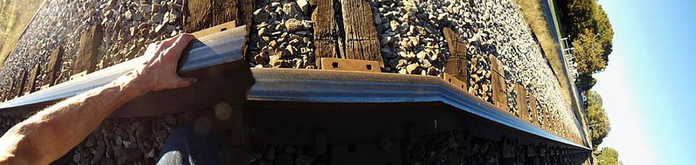 Richard Erickson - Bending steel with my bare hands