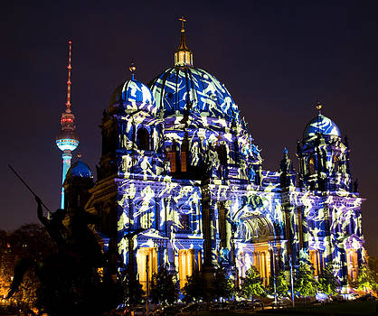 Berlin Light Show by Iryna Soltyska