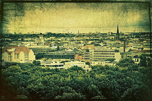 Gynt   - Berlin - stylized to old