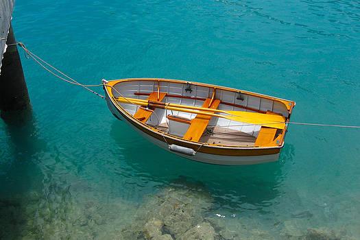 Bermuda 3 by Paul Thomas