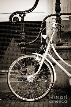 Oscar Gutierrez - Bicycle and Stairs