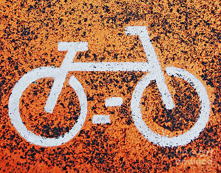 Bicycle sign by Luis Alvarenga