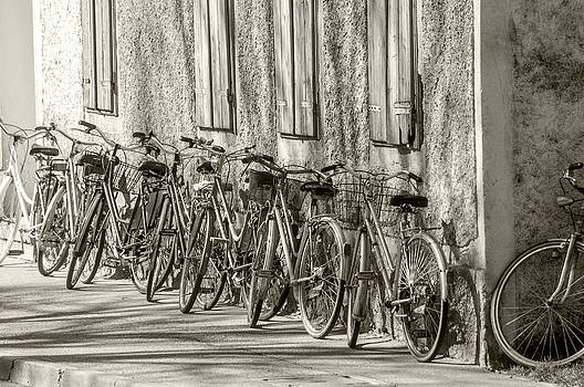 Bicycles by Martin Joyful