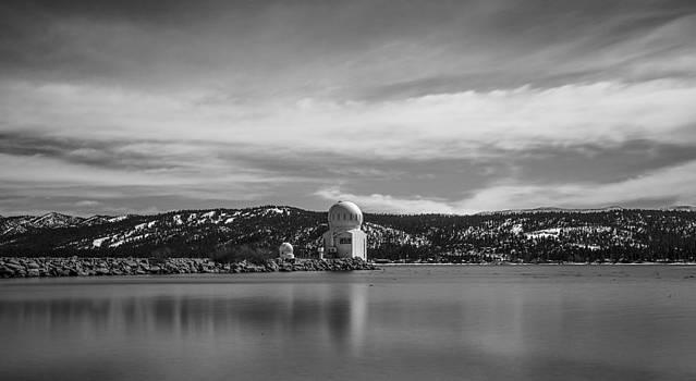 Big Bear Observatory by Robert  Aycock