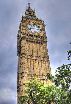 Big ben - Elizabeth Tower by Skye Ryan-Evans