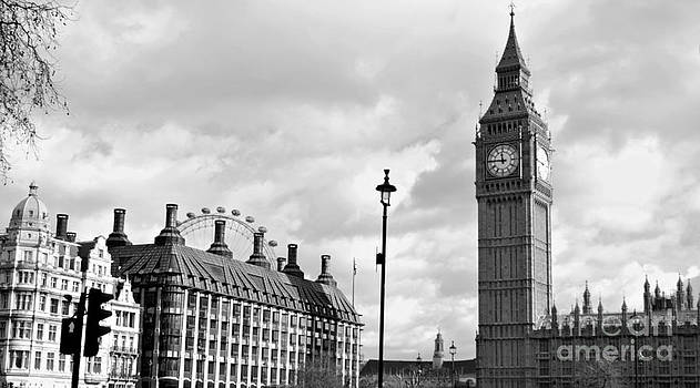 Big Ben Landscape by Victoria Saperstein