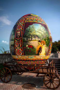 Matt Create - Big Egg 4