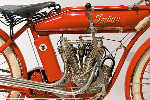 Mike Savad - Bike - Motorcycle - Indian Motorcycle engine