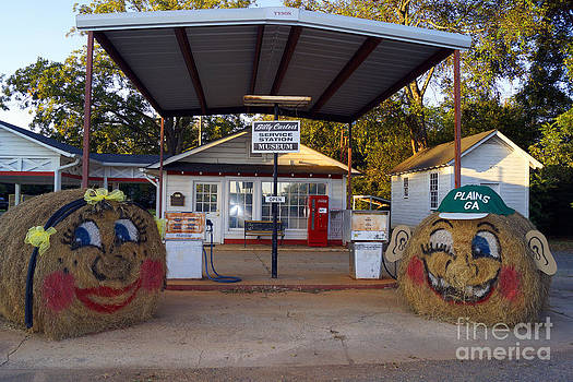 Billy Carters Old Service Station in Plains Georgia by Kim Pate