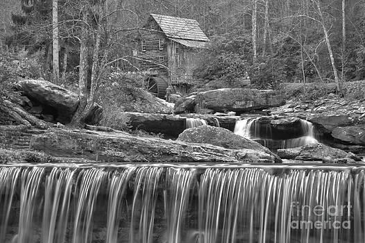 Adam Jewell - Black And White Falls Below The Mill
