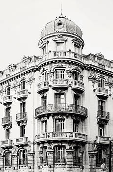 Angela Bonilla - Black and White Granada Ornate Building in Spain 2