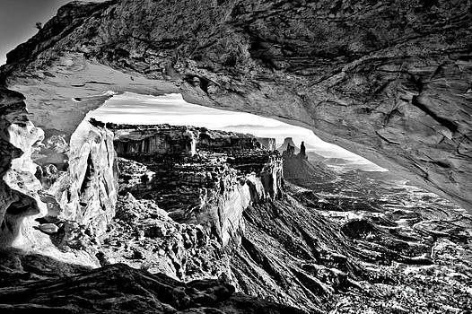 Adam Jewell - Black And White Mesa Arch