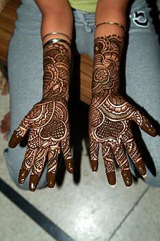 Devinder Sangha - Black Henna on Hands