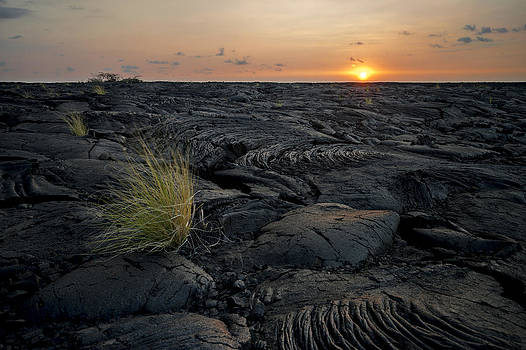 Big Island - Black Ocean by Francesco Emanuele Carucci