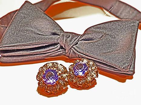 Black Tie with Cuff Links by ChelsyLotze International Studio