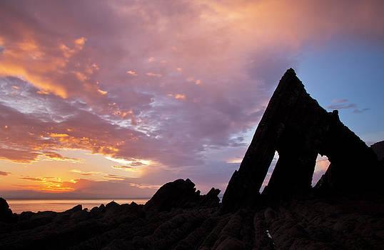 Blackchurch Rock N Devon by Pete Hemington