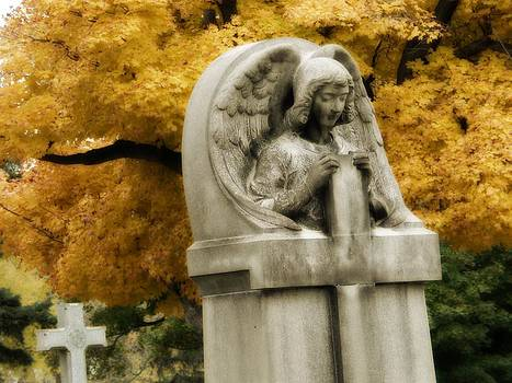 Gothicrow Images - Blissful Angel In Autumn