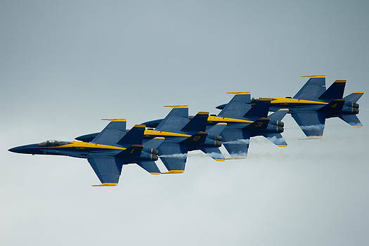 Blue Angels Flying Chain by Jose Oquendo
