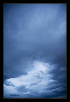 TNT Images - Blue Clouds - 400020