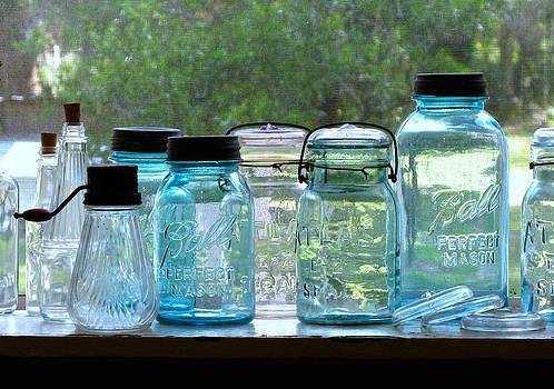Randi Kuhne - Blue Jars