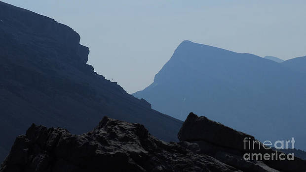 Marianne NANA Betts - Blue Mountains