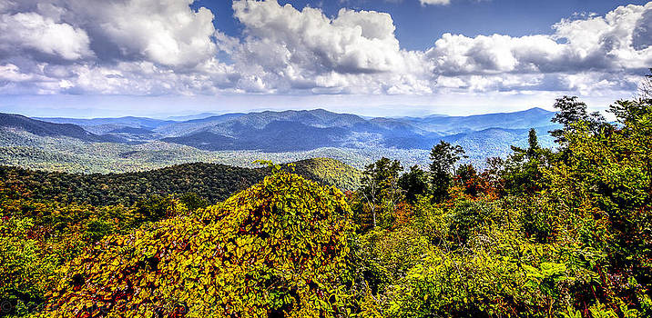 Blue Ridge Mountains Overlook by Frank White