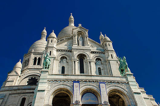 Blue sky over Sacre Coeur Basilica by Dany Lison