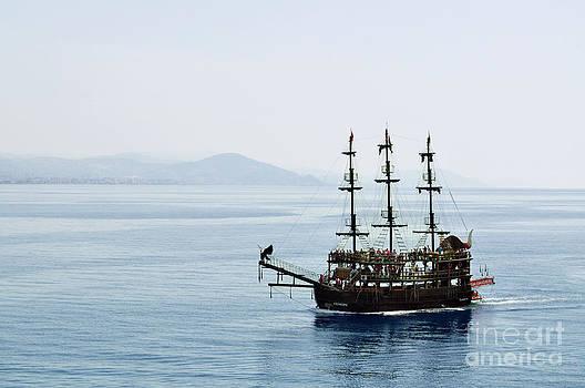 Boat in Blue by Bener Kavukcuoglu