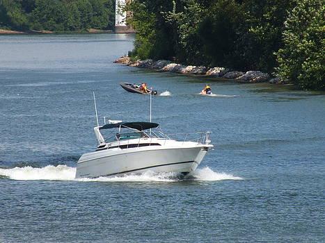 Melissa Lightner - Boat on Ohio