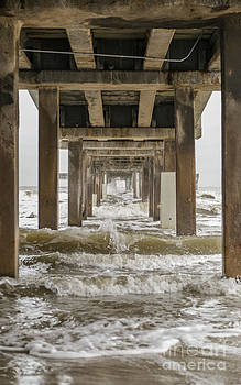 Bob Hall Pier by Terry Cotton