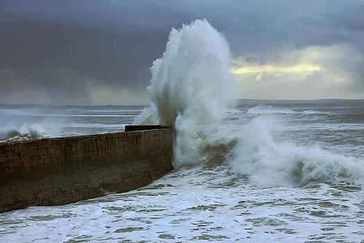 Boom by Tony Reddington