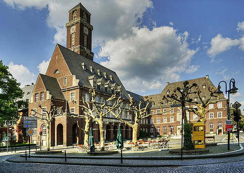 Bottrop Town Hall NRW Germany by David Davies