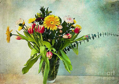 Bouquet  by Zsuzsanna Szugyi